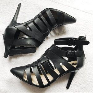 Brand new black strappy heels 10W